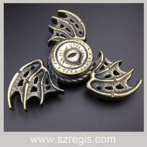 New Three-Leaf Bat Eyeball EDC Hand Spinner/Fingertips Gyro/Release Stress Toys pictures & photos