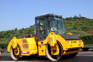 11tons Vibrator Roller Construction Machinery with A/C (XD112E) pictures & photos