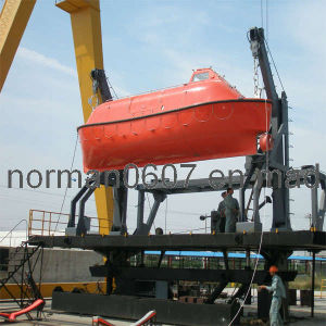 8m Totally Enclosed Lifeboat, Marine Lifeboat, Lifesaving Boat, China Life Boat pictures & photos
