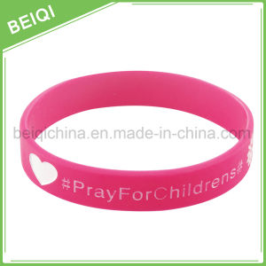 Factory Supply Custom Silicone Wristbands pictures & photos