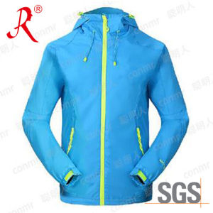 Waterproof and Breathable Ski Jacket (QF-6097) pictures & photos