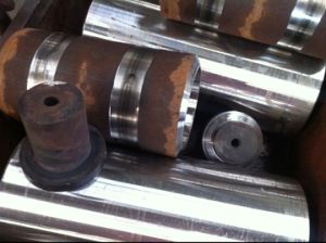 Customized Hydraulic Cylinder for Engineering Machine pictures & photos