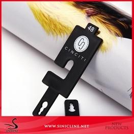 Sinicline Custom Plastic Belt Hanger with Embossed Logo Design