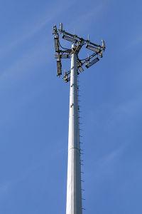 Self Standing Single Pillar Telecom GSM Bts Steel Poles Tower pictures & photos