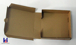 Cheap and Good Quality Environmental Kraft Paper Pizza Packaging Box pictures & photos