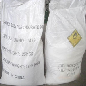 High Quality Potassium Chlorate (KClO3) 99.5% pictures & photos