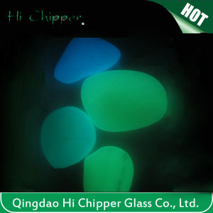 Yellow Green Garden Decorative Glow Glass Pebbles pictures & photos