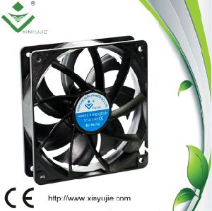 120*120*32mm DC Cooling Fan Made in China 2016 Hot Selling Mini Fan pictures & photos