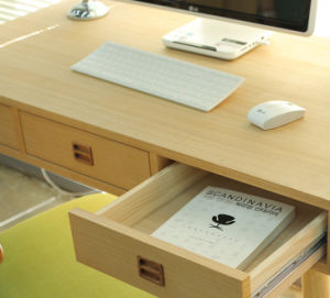 Sale Hot Nordic Style Study Desk Computer Table Study Room Simple Style (M-X2015) pictures & photos