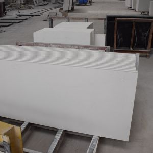 Custom Design Pure White Quartz Countertop with Good Price pictures & photos