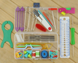 Various Hot Sale Plastic Knitting Tools pictures & photos
