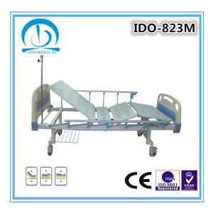 Simply 2 Cranks Manual Hospital Bed pictures & photos