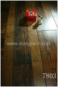 Exotic Synchronized Walnut Laminate Flooring 7803 pictures & photos