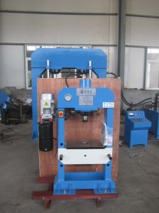 Oil Hydraulic Press for Stamping and Molding (HP-30) pictures & photos