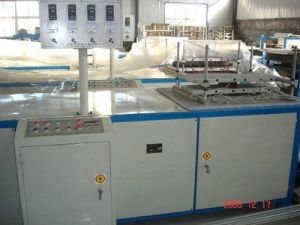 Hot Sale New Condition High Quality China Manufacturer FRP Pultrusion Machine pictures & photos