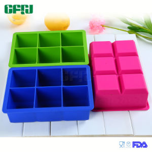 Hygenic BPA Free Silicone Mould Ice Cube Tray pictures & photos