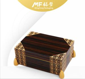 Retro Design Luxury Varnishing Wooden Coin Gift Package Case pictures & photos