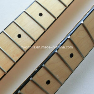 Large Headstock with Binding Canadian Maple St Neck Guitar pictures & photos