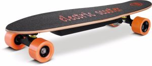 Global Wholesaler Wanted Dual Hub Motor Electric Skateboard pictures & photos