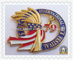 Customized Assembled 3D Zinc Die Cast Plating Gold Rice Pin pictures & photos