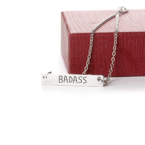 "Metal ""Badass"" Letter Engraved Pendant Necklace Cute Bar Necklace for Jewelry Gift pictures & photos"