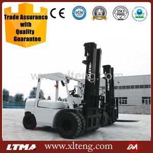 Chinese Forklift with 7m Mast 5 Ton Diesel Forklift pictures & photos