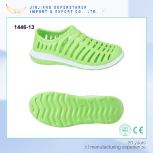 EVA Casual Shoes, Unisex Slip on Summer Shoes with Breathable Design pictures & photos