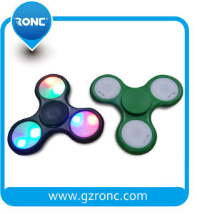 Funny Tri-Spinner Toy LED Fidget Spinner Hand Spinners pictures & photos