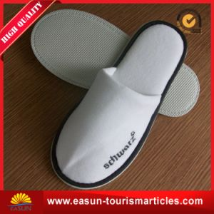Disposable Slipper pictures & photos
