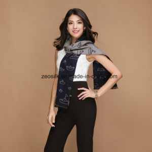 Beautiful Printed Silk Flannelette Scarf pictures & photos