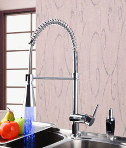 Classic Ce Pull out Kitchen LED Mixer pictures & photos