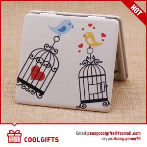Custom Cartoon Small PU Leather Compact Folding Mirror/Cosmetic Mirror pictures & photos