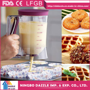 Perfect Pastry Baking Tools Cake Pancake Batter Dispenser with Measuring Label pictures & photos