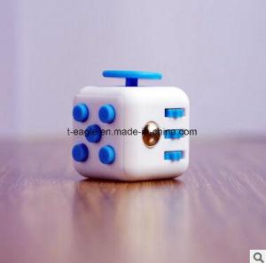 2017 Hot Sale New Desk Toy Anti Stress Fidget Cube pictures & photos
