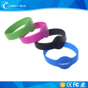 Waterproof Stretchable Silicon RFID Wristband pictures & photos