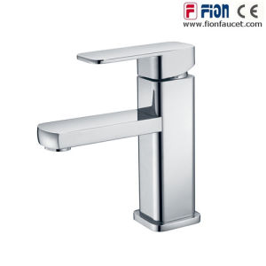 Hot and Cold Single Lever Basin Mixer (F-7204) pictures & photos