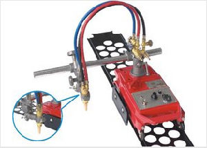 Two Torch Straight Line Gas Cutting Machine Flame Cutter (CG1-100B) pictures & photos