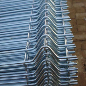 Painted/Powder Coating Steel Fence Rail Welded by Steel Rold pictures & photos