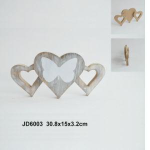 New Wooden Vintage Heart Desk Decoration pictures & photos