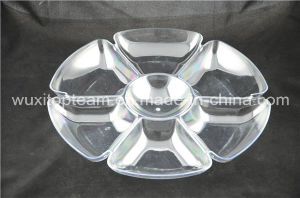 Crystal Clear Plastic Round Tray with Compartments