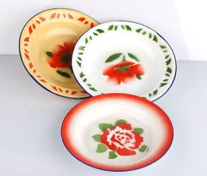Popular Househould Enamel Plate pictures & photos