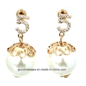 High Quality Real 925 Sterling Silver Fashion Earrings with White Pearl Earring for Women Jewelry Wholesale E6362 pictures & photos