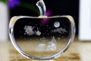 Crystal Glass Apple Model for Craft Gift pictures & photos