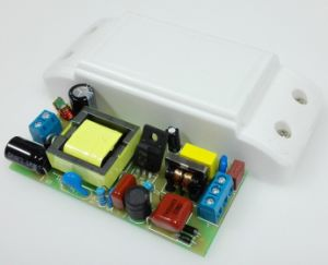 24W 300mA Isolated LED Driver with 0.95 Pfc and CE/EMC pictures & photos