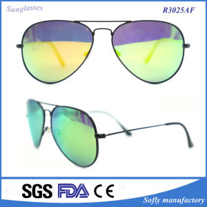 New Fashion Retro Green Mirrored Women/Men Sunglasses pictures & photos