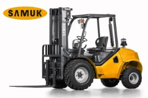 4WD Rough Terrain Forklift 2.5/3.5t pictures & photos