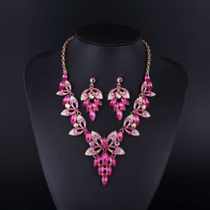 2016 Fashion Design Purple Grace Sharp Necklace Set pictures & photos