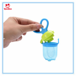 Easy Use Fresh Vegetable Food Feeder with Silicone Chewing pictures & photos