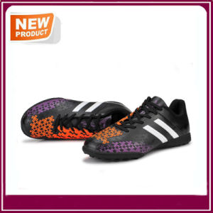 Wholesale Sport Shoes Soccer Cleat Football Boots pictures & photos