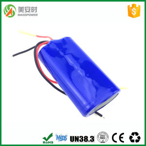 Shenzhen Factory 7.4V 2200mAh Li-ion Battery Pack pictures & photos
